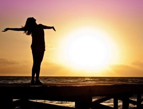 Si no eres feliz eres normal. Tres mitos sobre la felicidad.